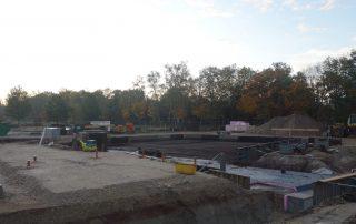 In Zügen lässt sich die Form des Gebäudes bereits erahnen (Foto: A. Knisch).